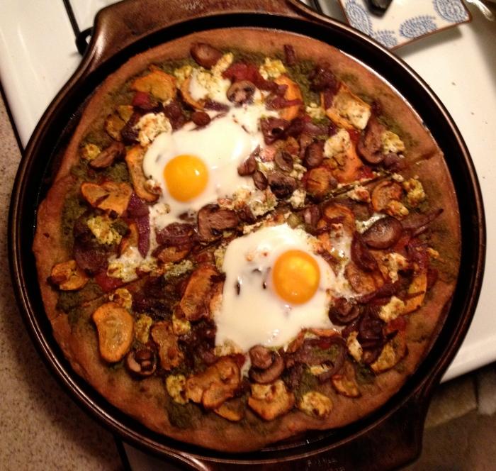egg pizza // kitschandcamera.com