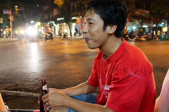 hanoi, vietnam street food tour // kitschandcamera.com