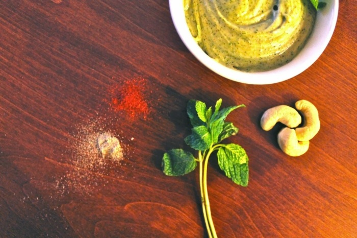 cardamom mint cashew butter // kitschandcamera.com